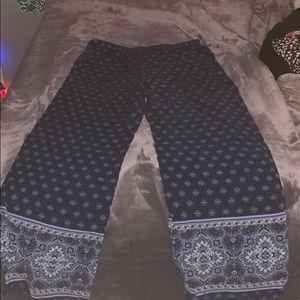 Wide bottom stretch pants